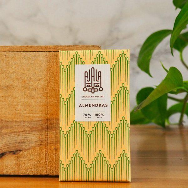 Chocolate Ajala Almendras 70%